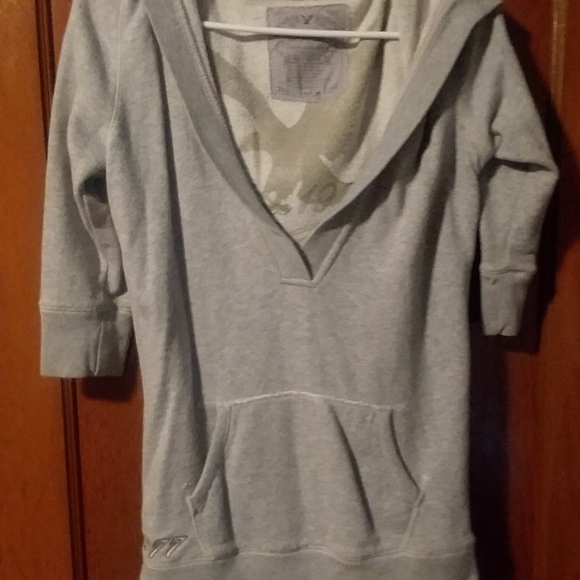 American eagle hooded sweatshirt